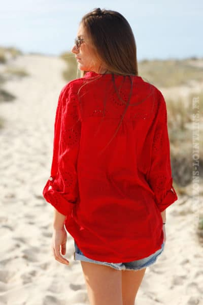 Blouse-rouge-broderie-anglaise--c75-5