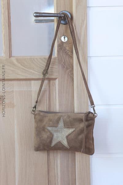 Pochette étoile en croûte de cuir taupe 001 (1)