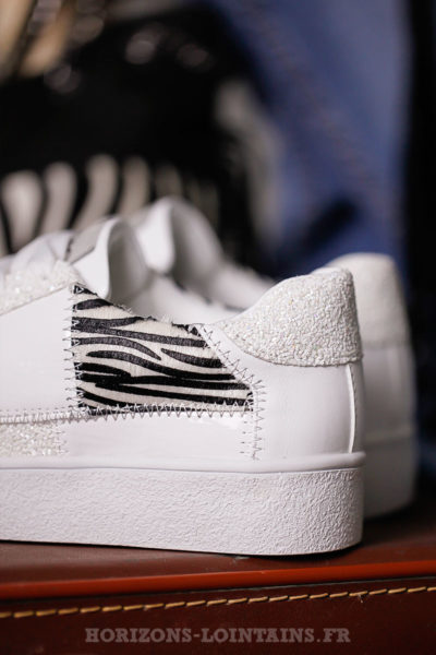 baskets blanches femme empiècement zébré