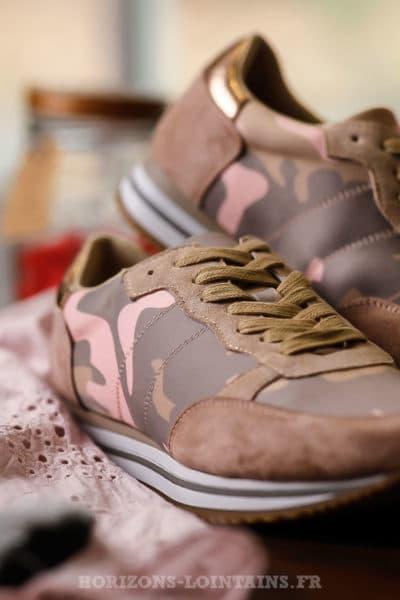 Baskets femme imprimé camo rose et gris