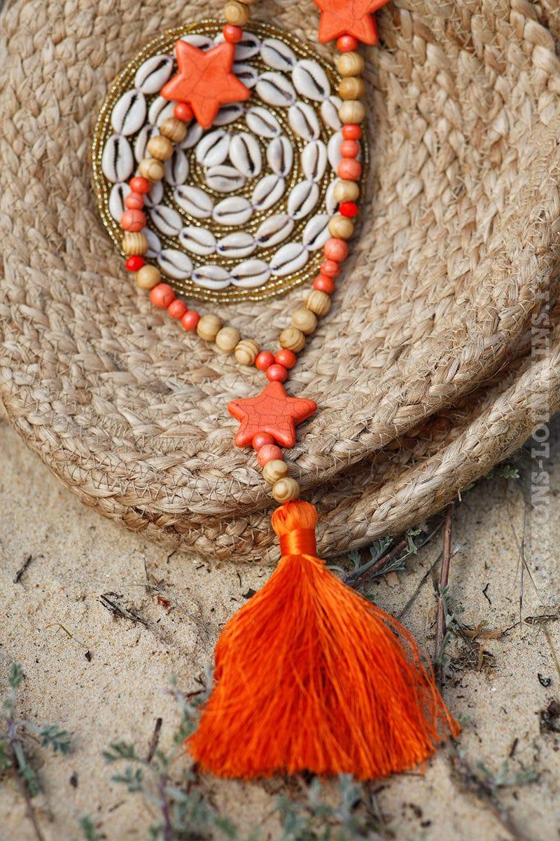 Collier-perles-bois-étoiles-orange-c54