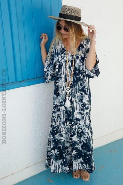 Robe-longue-bleu-marine-imprimé-fleurs-esprit-tie&dye-c53