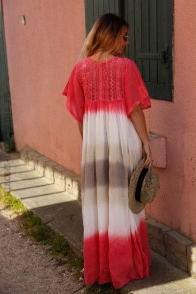 Robe-longue-tie&dye-rose-corail-avec-dentelle-c64-3
