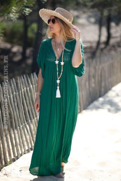 Robe-longue-verte-bohème-col-avec-broderie-fine-c66