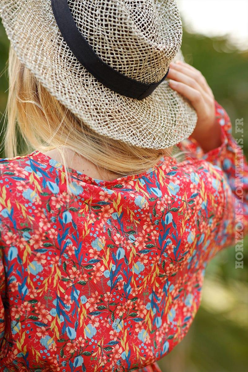 Robe-rouge-imprimé-fleurs-exotiques-col-volant-c51