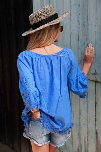 Blouse-bleu-broderie-anglaise-petites-franges-c114-2
