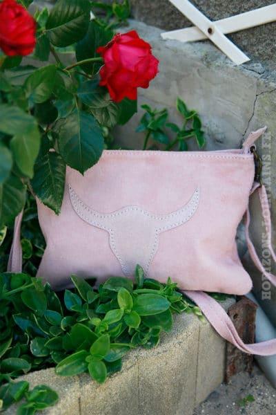 Pochette-tête-de-buffle-rose-poudré12-2