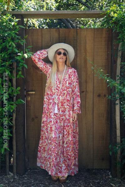 Robe-longue-rose-fushia-manches-longues-imprimé-cachemire-coloré-c78