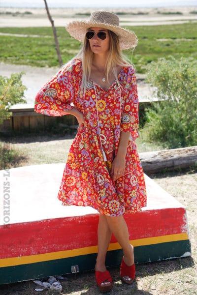Robe-rouge-fluide-imprimé-hippie-coloré-c87