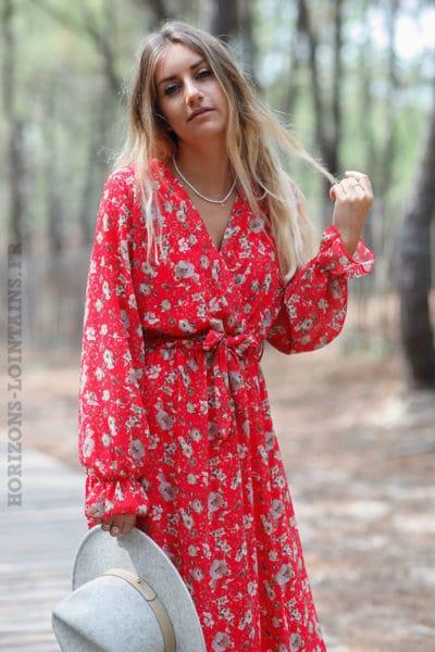 Robe-longue-rouge-manches-longues-imprimé-fleuri-c145
