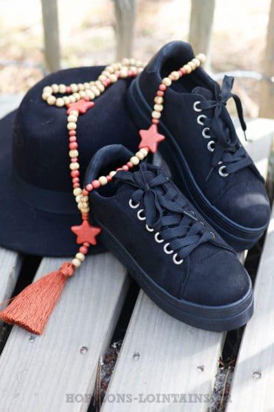 Baskets-noires-en-suèdine-à-plateforme--c036