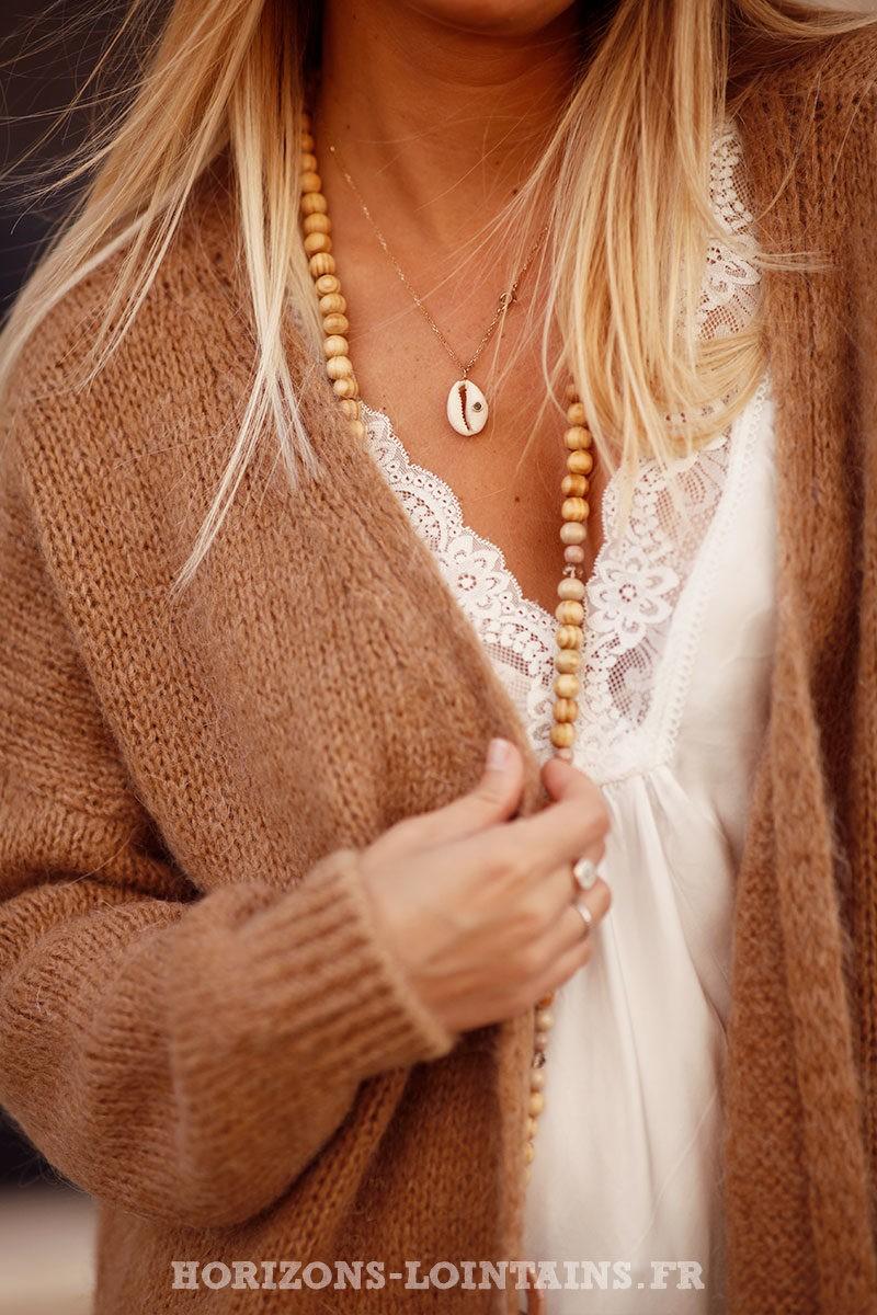 Gilet-camel-long-mailles-esprit-bohème-hippie-vêtement-femme