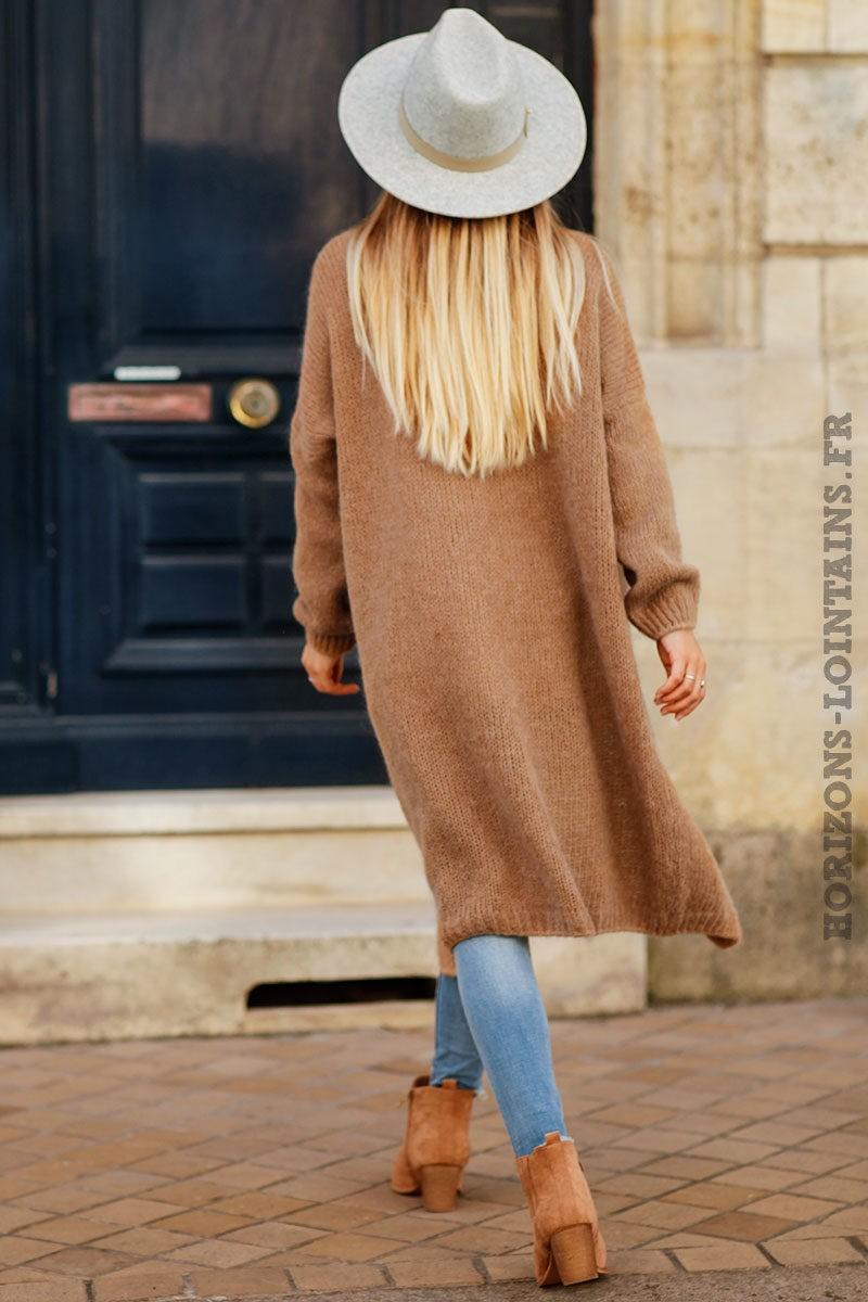 Gilet-camel-long-mailles-esprit-bohème-look-hippie-vêtement-femme-C026