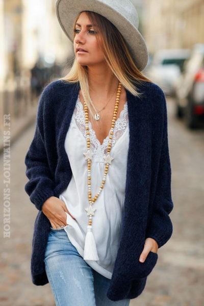 Gilet-femme-bleu-marine-col-enveloppant-poches-esprit-hippie-look-bohème
