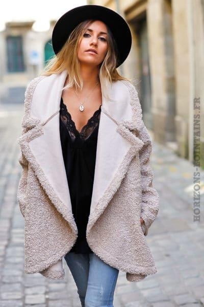 Manteau-beige-bimatière-effet-peau-fausse-fourure-manteaux-clair-femme