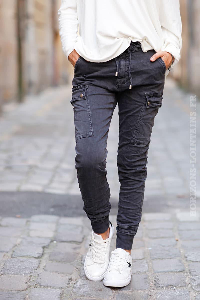Pantalon-cargo-gris-foncé-avec-ceinture-élastique--c34