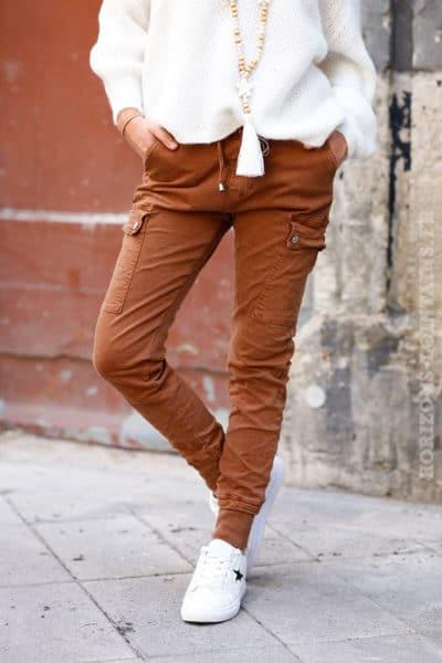 Pantalon-cargo-noisette-avec-ceinture-élastique-c34