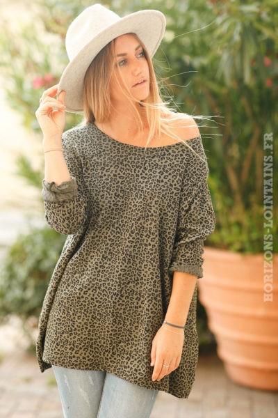 Top-vert-kaki-matière-jersey-imprimé-léopard-teeshirt-femme-look-bohème-esprit-hippie-rock-loose