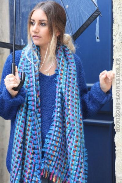 écharpe-bleue-femme