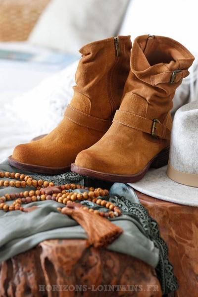 Bottines camel en cuir daim souple boots