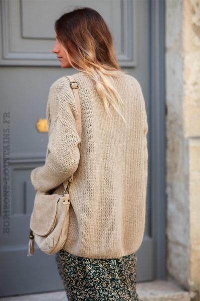 Gilet-beige-mohair-avec-poches-esprit-bohème-chic-look-hippie-C031