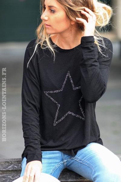 Pull-léger-femme-couleur-noir-avec-étoile-relief-brodée-esprit-bohème-confortable-C230
