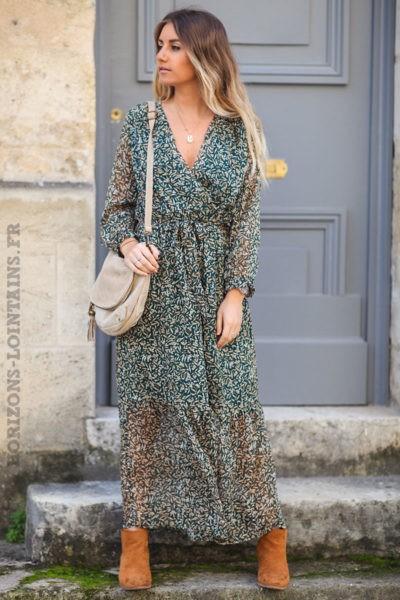Robe-longue-verte-imprimé-branche-d'olivier-points-dorés-look-bohème-esprit-hippie-C160