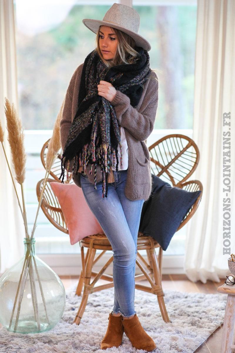 Echarpe-douce-noire-femme-vêtements-hiver-horizons-lointains-019
