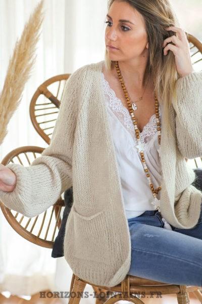 Gilet-crème-écru-grosses-mailles-manches-raglan-poches-vêtement-femme-style-bohème-C029