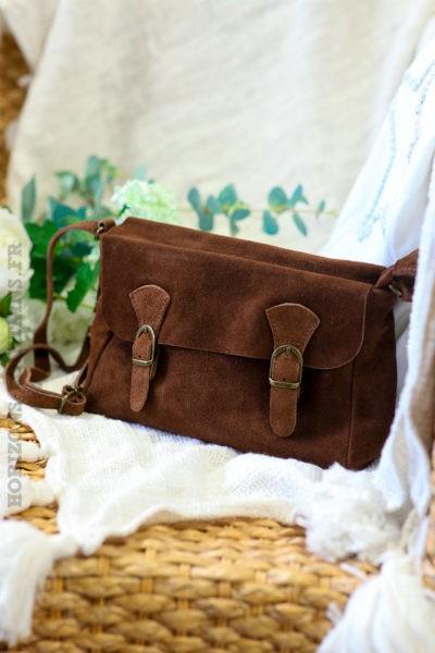 Petit-sac-cartable-croûte-cuir-chocolat-cuir-velours-marron