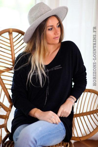 Pull-leger-noir-colV-libellule-vêtement-femme-C248