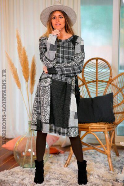 Robe-grise-noire-carreaux-avec-poches-vêtement-femme-tenue-fête