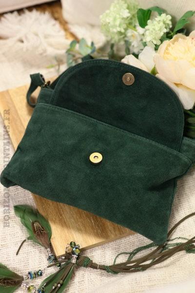 Sac-bandoulière-vert-foncé-grande-poche-cuir-velours