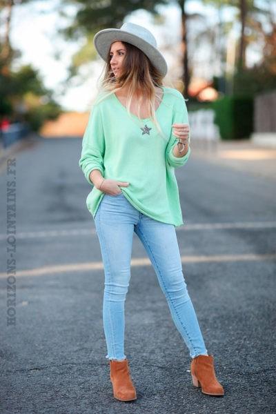 Pull-confort-vert-pomme-étoile-strass-argentée-c250