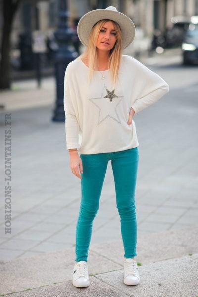 Jean-turquoise-finitions-petites-franges-c44
