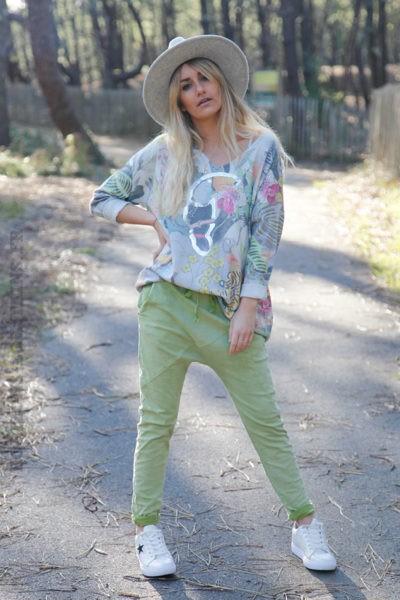 Pantalon-vert-pomme-coupe-baggy-c45