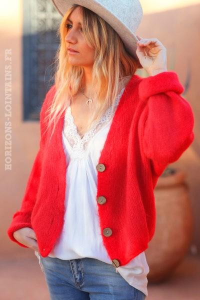 Gilet-rouge-avec-boutons-femme-hippie-look-bohème-col-V-D001