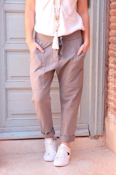 Pantalon-de-jogging-gris-taupe-urbain-à-poches-004