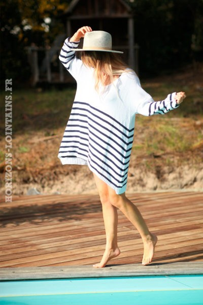 Pull-long-blanc-marinière-bleu-marine--d043