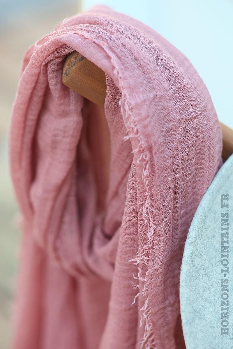 écharpe-légère-vieux-rose-uni-étole-toute-douce