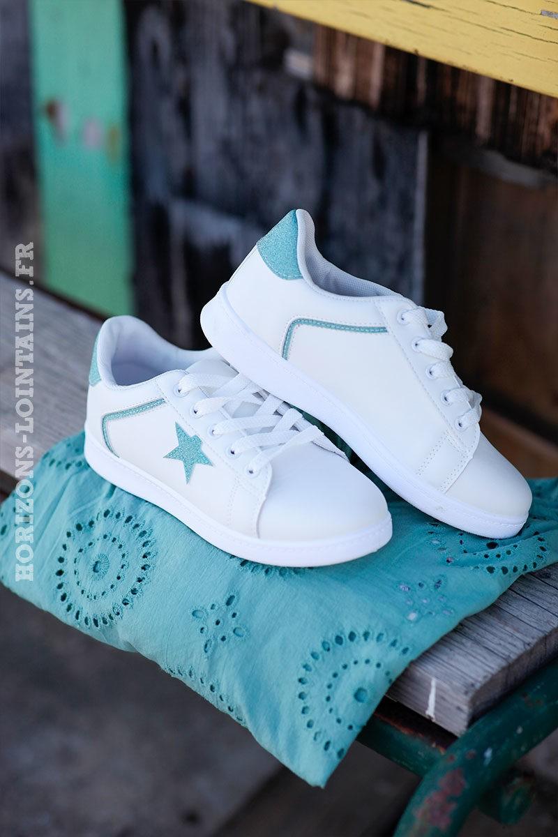 Baskets-blanches-étoile-turquoise-d001-5
