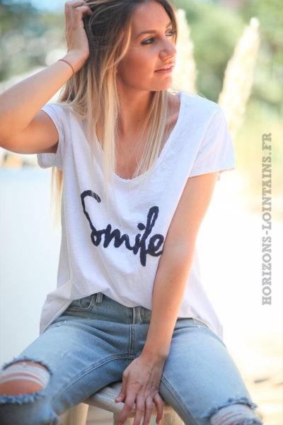 Tshirt-blanc-en-coton-manches-courtes-smile-bleu-marine-d60 1
