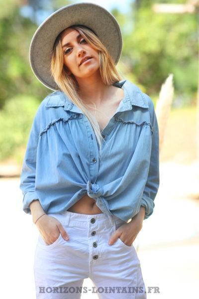 Chemise-matière-jean-clair-ample-oversize-chemises-femmes-denim-bleue-D079