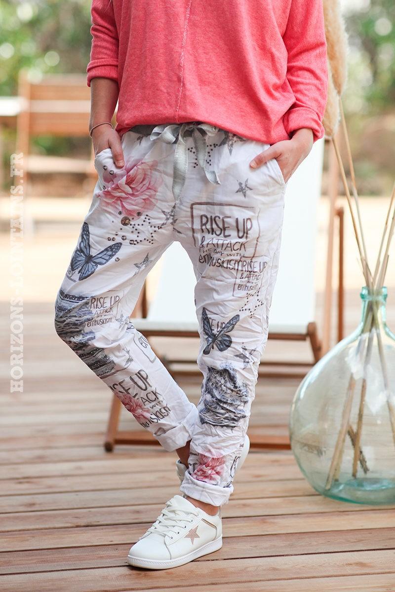 Pantalon-stretch-blanc-papillons-et-fleurs--d15
