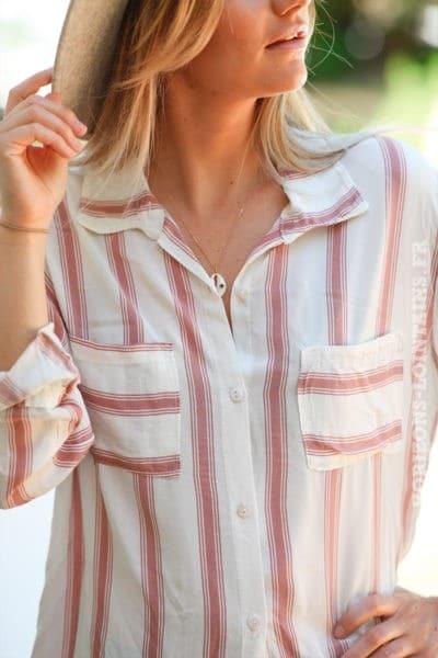 Chemise blanc cassé à rayures vieux rose