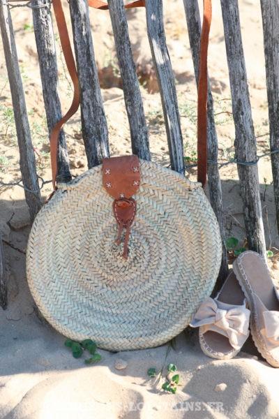 Panier rond naturel fait main bandoulière camel d04