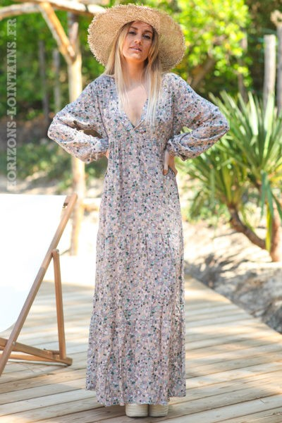 Robe longue rose nude manches longues petits motifs cachemire
