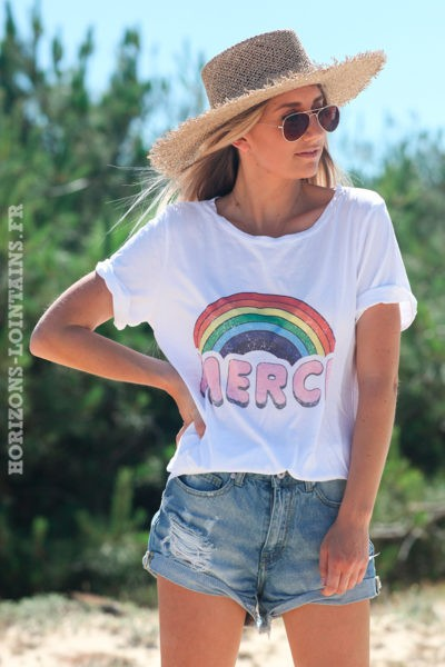 Tshirt-blanc-merci-arc-en-ciel-rose-d107