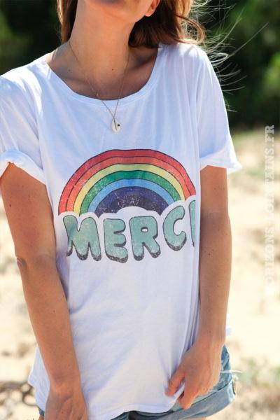 Tshirt-blanc-merci-arc-en-ciel-vert-céladon-d107-9