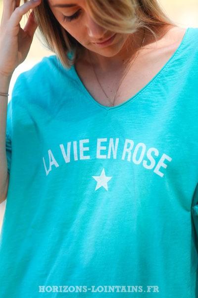 """T-shirt turquoise """"La vie en rose"""""""